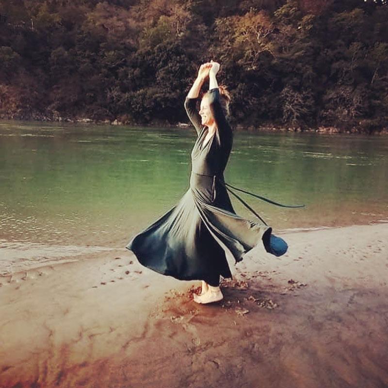 suknia-mocy-olga-przez-szafe-do-serca-oliwkowa-suknia-1